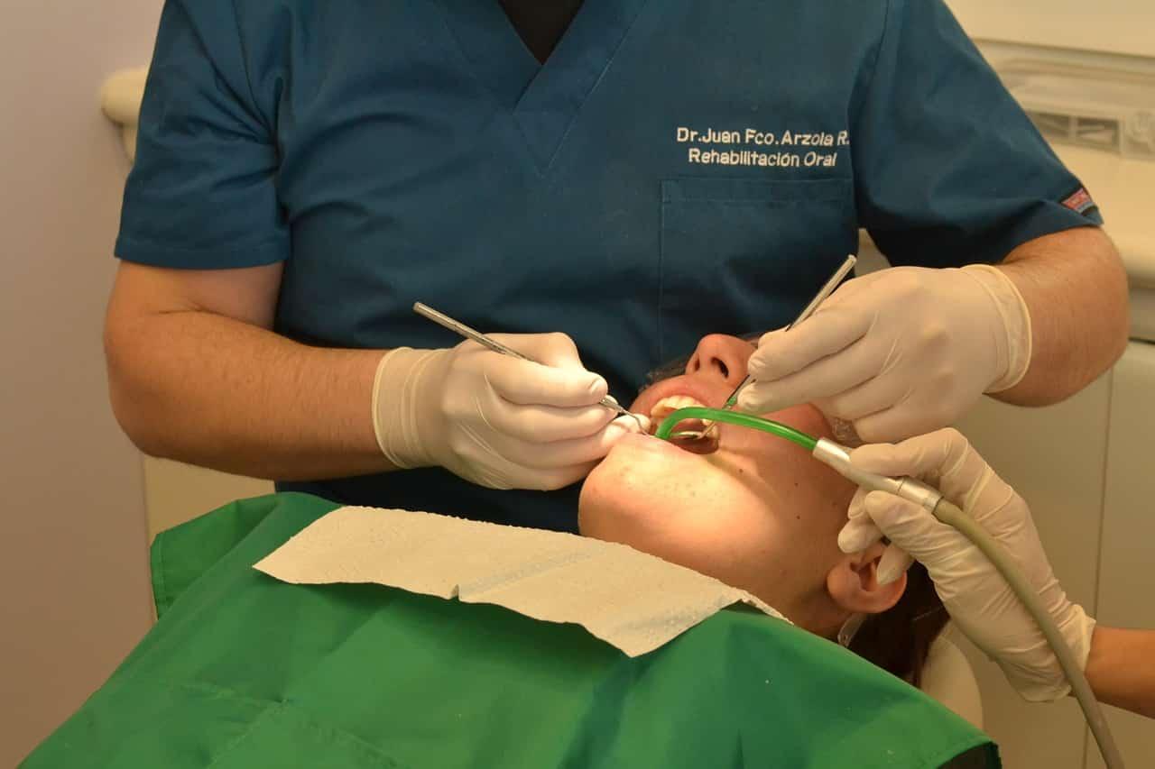 Dentiste pour rage de dent