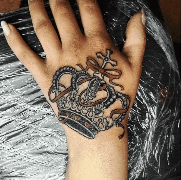 Tatouage couronne